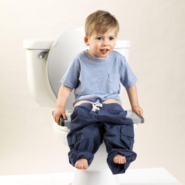 Pot enfant de voyages Potette Plus en réducteur de toilettes