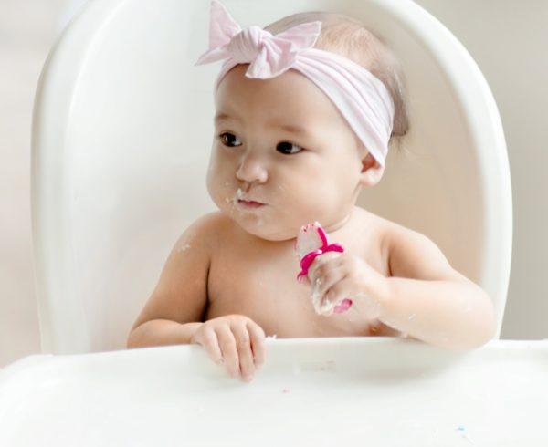 Couverts ergonomiques pour bébés et enfants